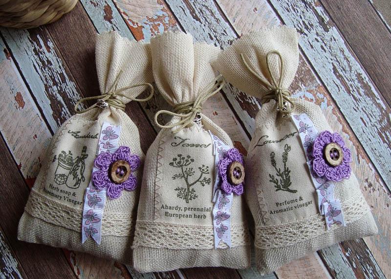 Саше и ароматные мешочки дл запаха Нового года в доме.